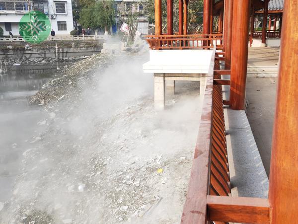 杭州嘉友为宁波镇海人民公园安装景观人造雾系统案例