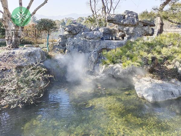 三捷投资集团有限公司别墅池塘安装景观人造雾系统